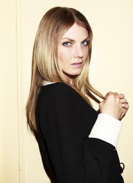 Vogue Spain. Angela Lindvall